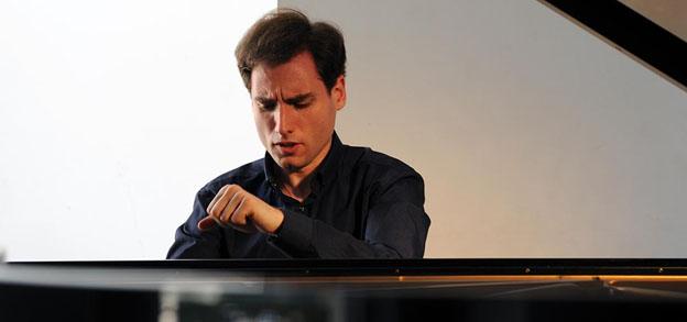 boris-giltburg-piano